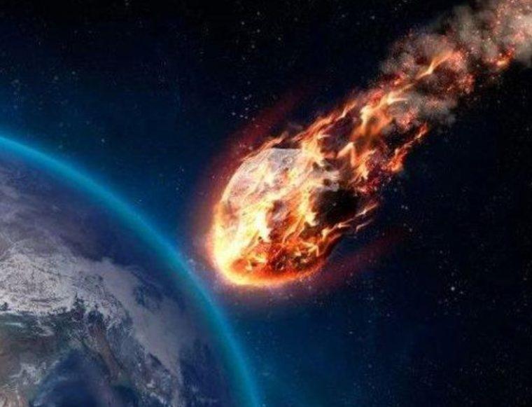 Sejarah dan Teori Terbentuknya Meteor