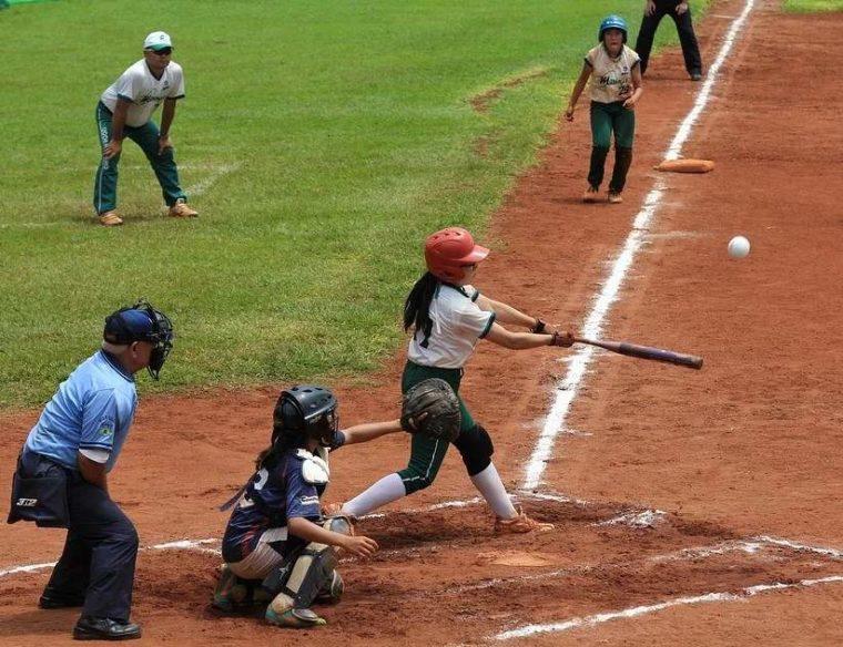 Sistem Permainan Softball