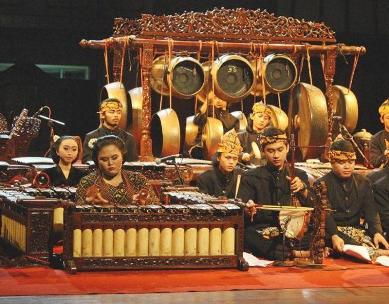Fungsi Alat Musik Tradisional Jawa Tengah
