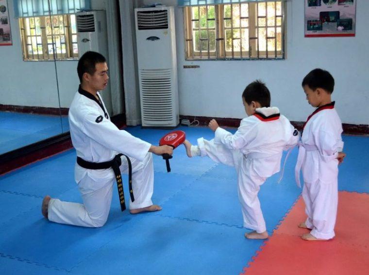 Latihan Dasar Karate