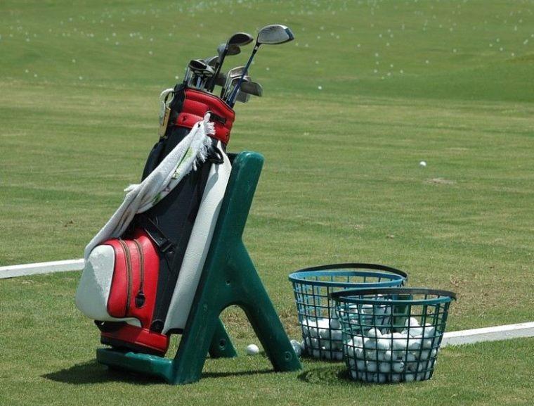 Peralatan dalam Permainan Golf