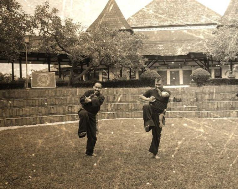 Sejarah Karate di Indonesia