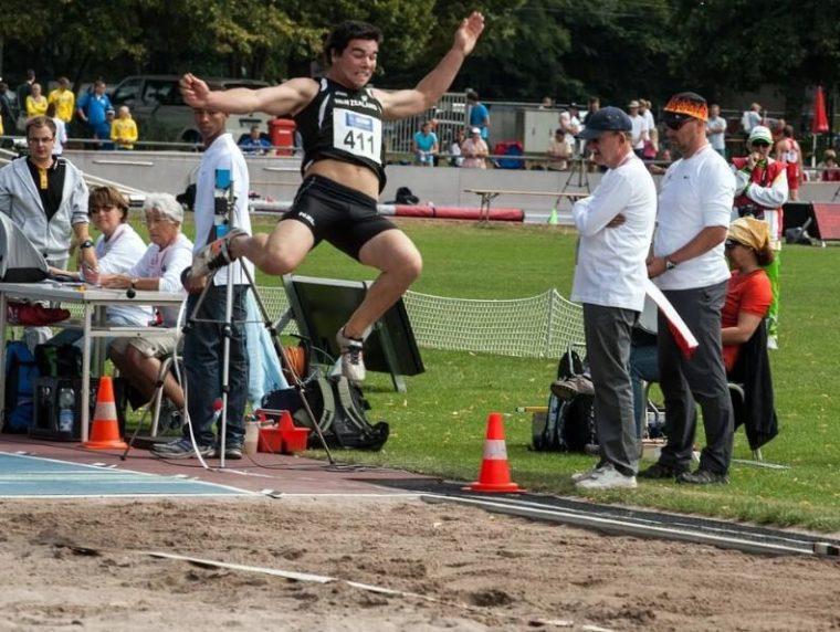 Sistem dan Peraturan Lompat Jauh