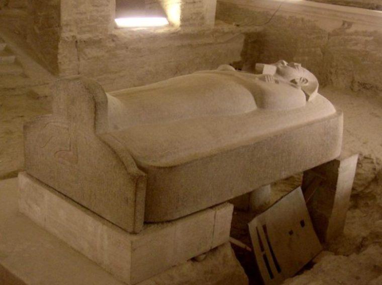 Sarkofagus Zaman Neolitikum