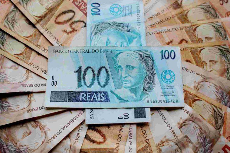 gambar unggulan uang kartal