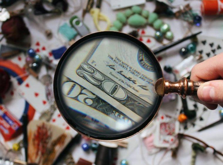 Contoh Kualitatif dan Kuantitatif