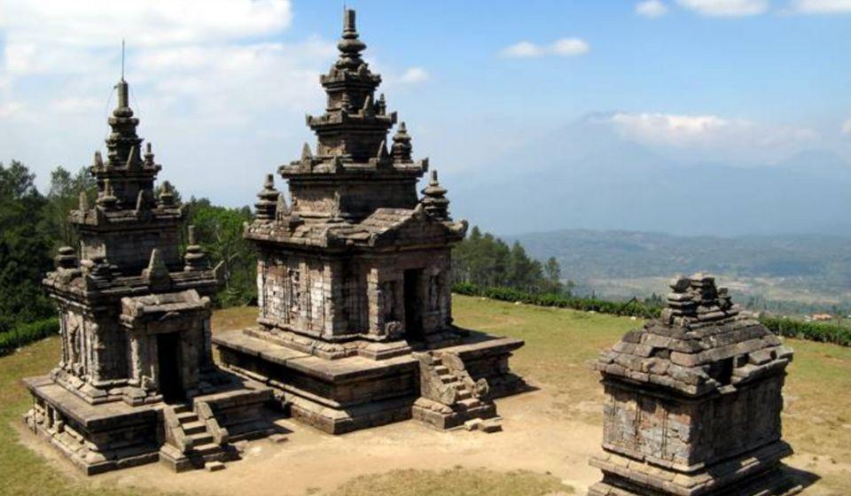 gambar Perbedaan Candi Hindu dan Budha