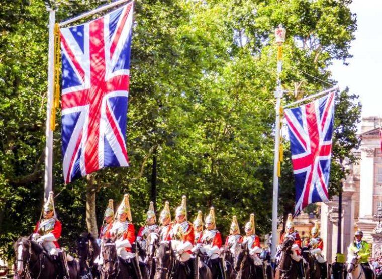 Sejarah Demokrasi di Inggris