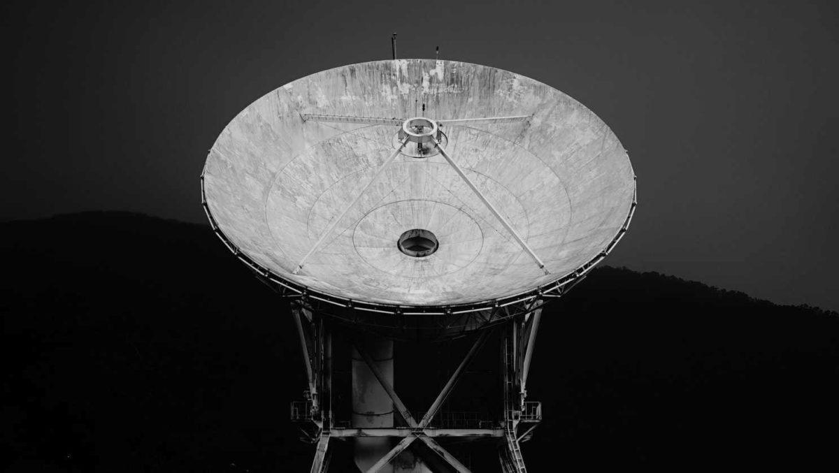 pemancar radar