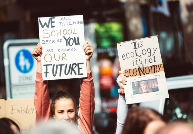 Gambar Thumbnail Pengertian Demokrasi Menurut Para Ahli
