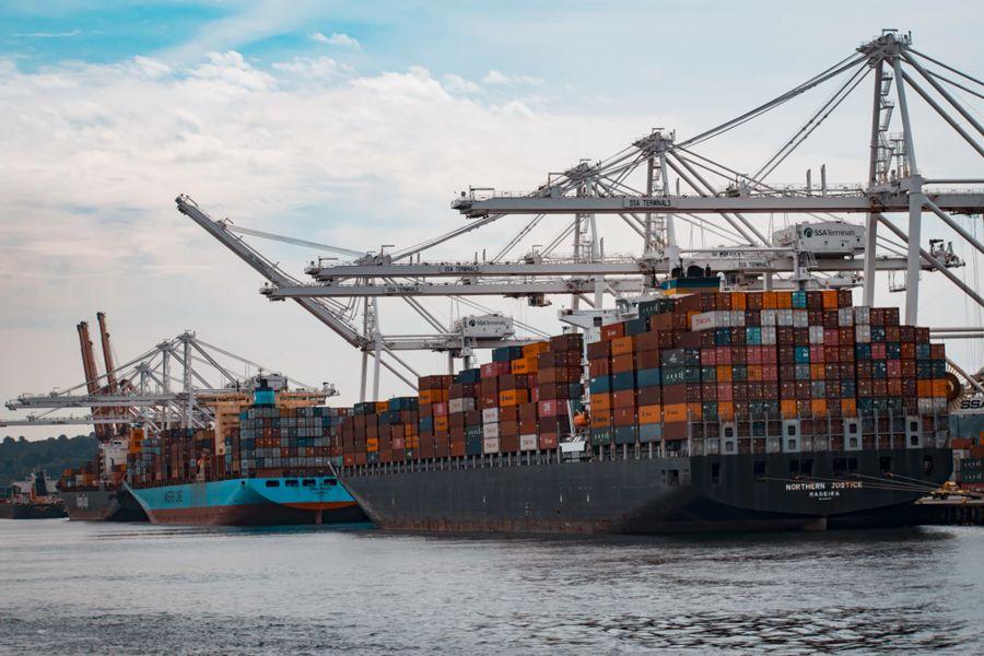 Transportasi Perdagangan Internasional