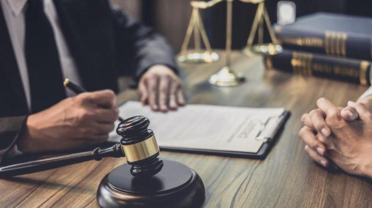 Tugas Perumusan Hukum