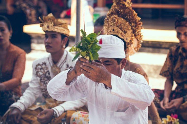 Gambar Thumbnail Contoh Teks Eksplanasi Budaya