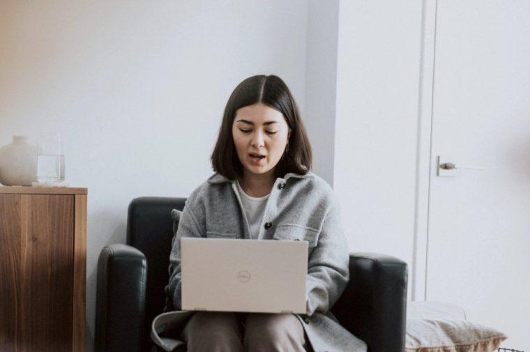 Cara Menggunakan Fungsi PROPER Excel