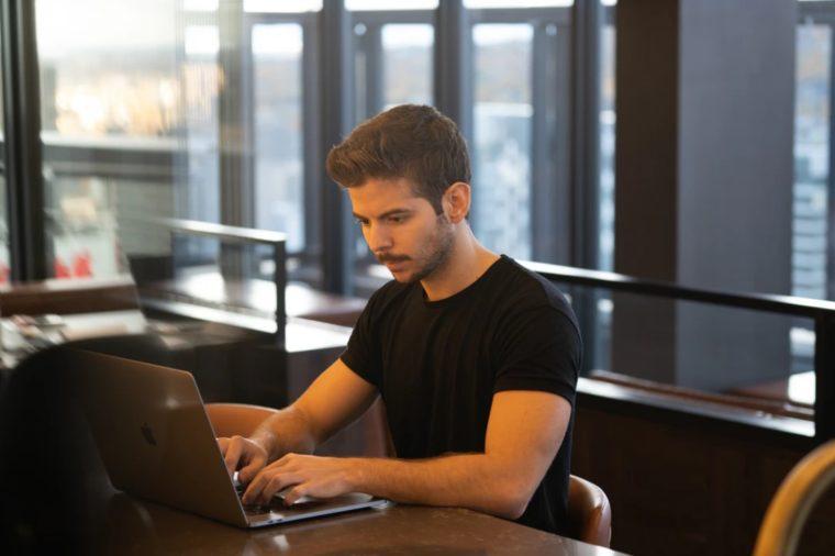 Cara Menggunakan Fungsi COUNTIFS Excel