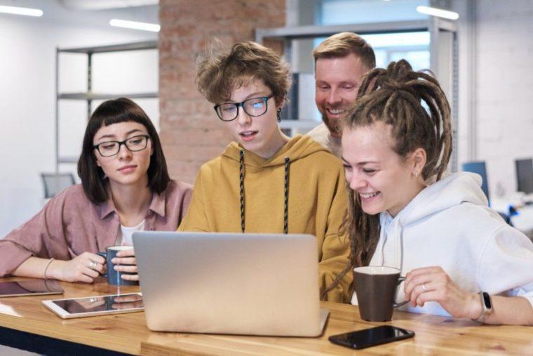Cara Menggunakan Fungsi DAVERAGE Excel