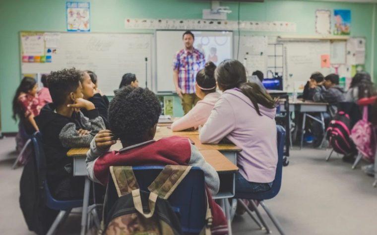 Contoh Teks Ceramah Tentang Pendidikan