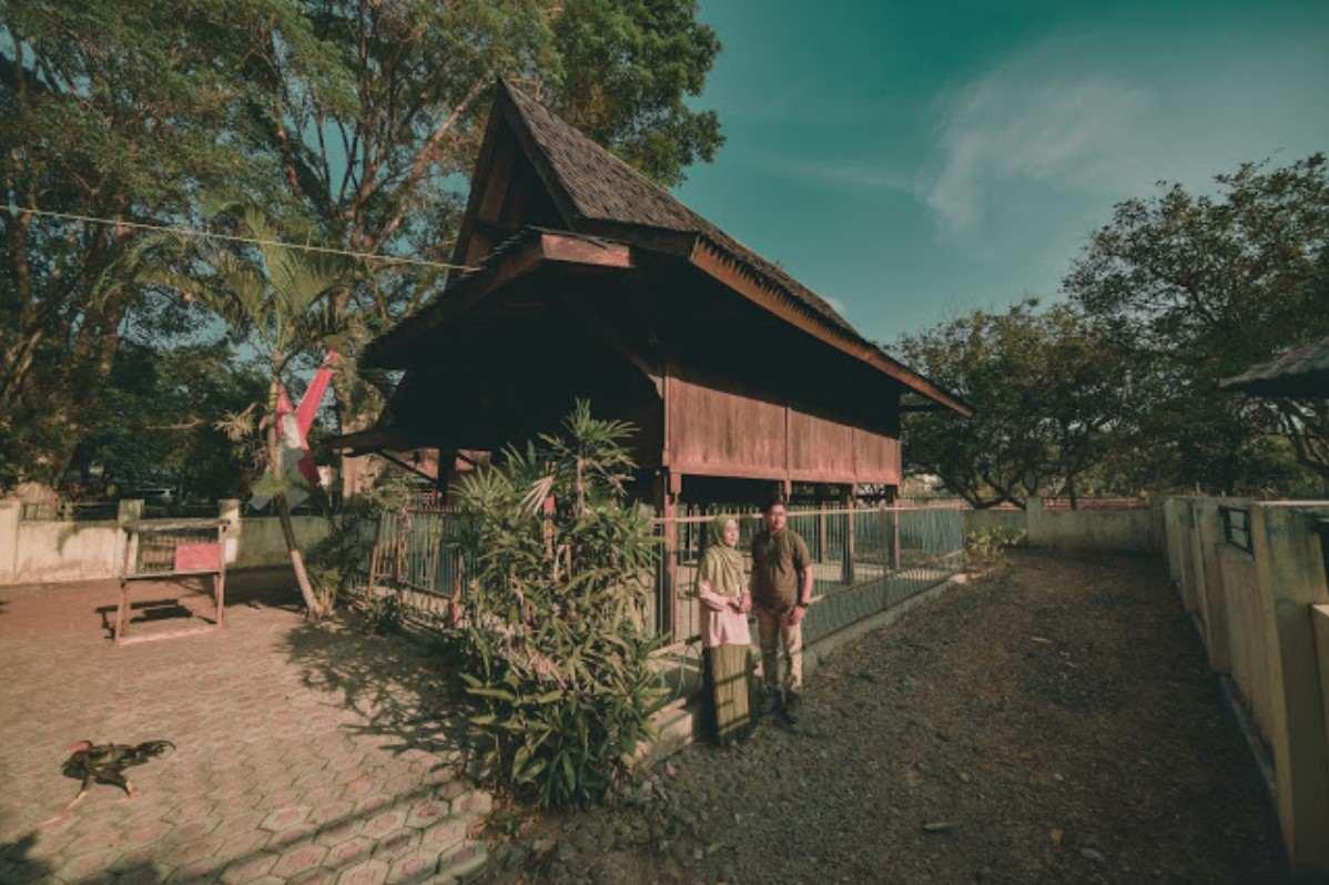 Gambar Thumbnail Rumah Adat Jawa Barat