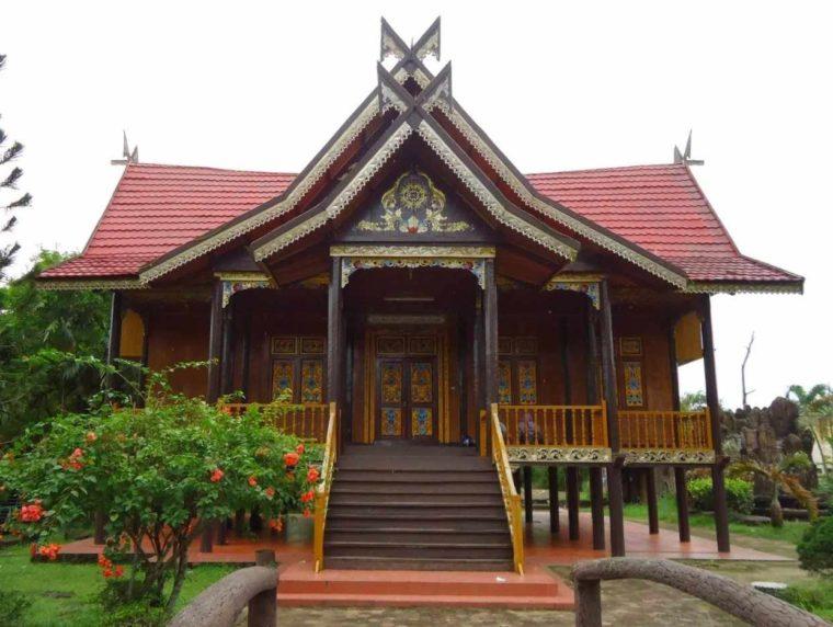 Gambar Thumbnail Rumah Adat Lampung