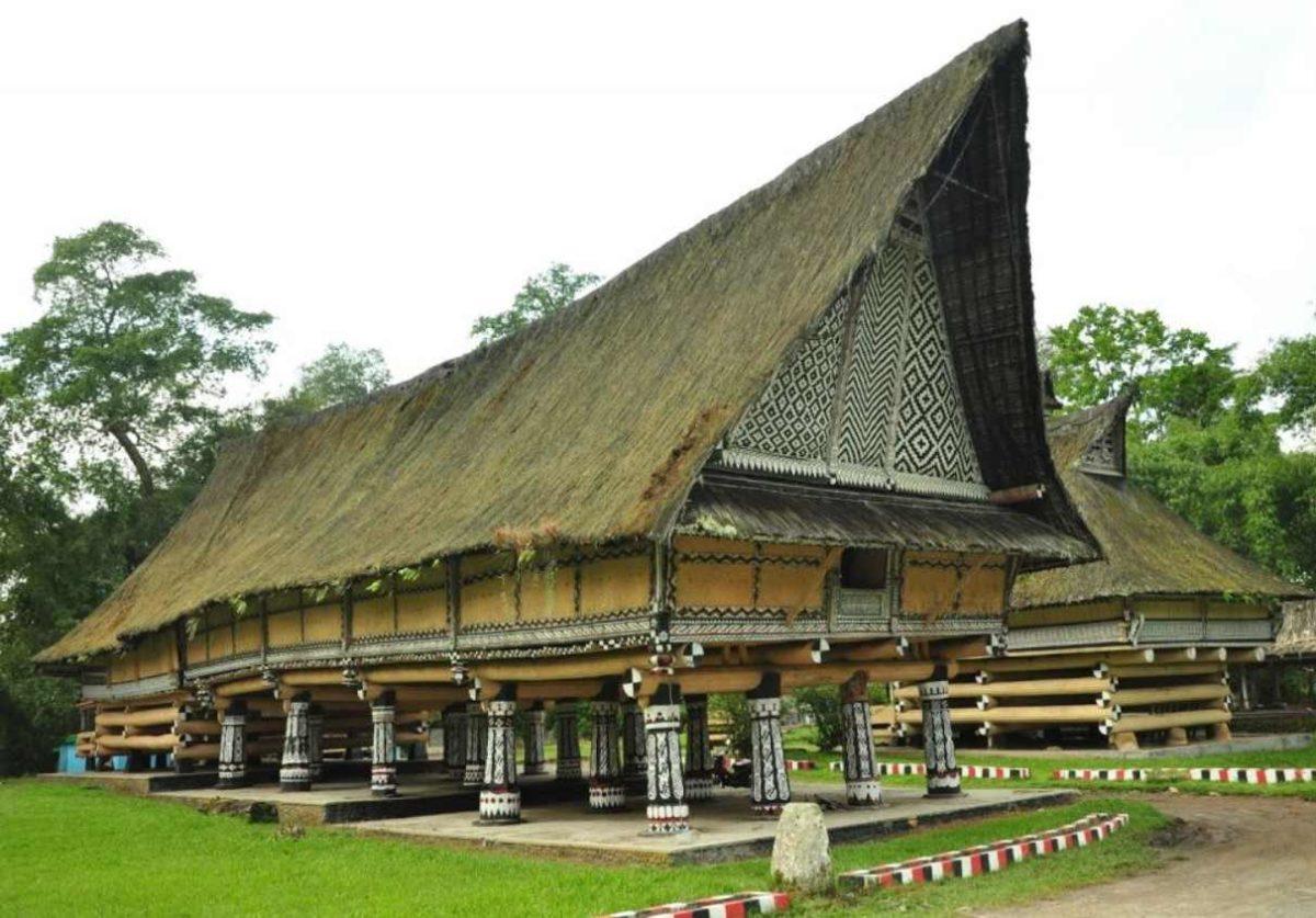 Gambar Thumbnail Rumah Adat Maluku