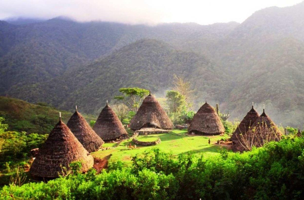 Gambar Thumbnail Rumah Adat Papua
