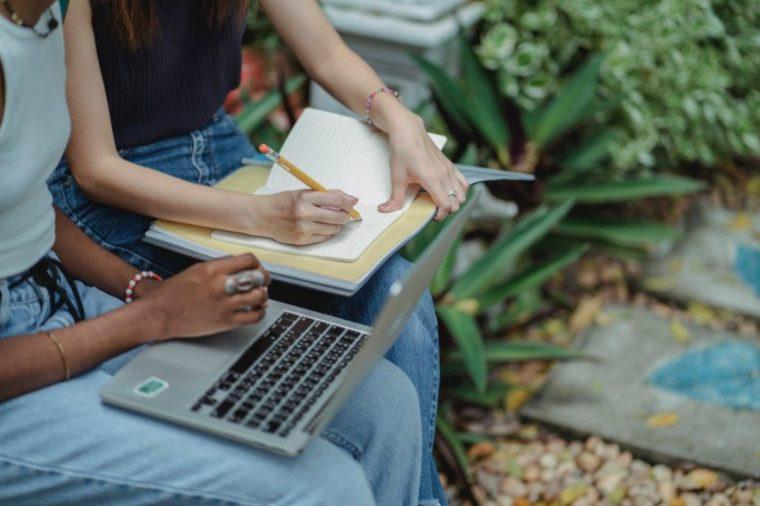 Panduan Penulisan Gelar Sarjana