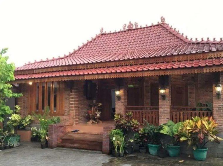 Rumah Adat Jawa Timur Limasan Trajumas Lawakan