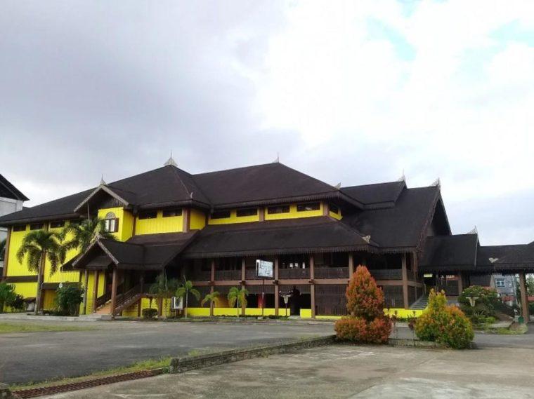 Rumah Adat Kalimantan Barat Melayu