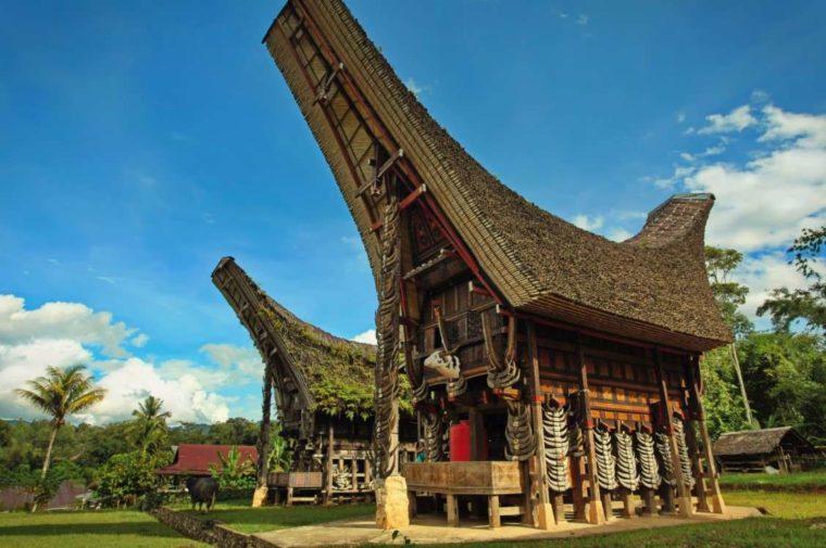 Rumah Adat Sulawesi Selatan Suku Toraja