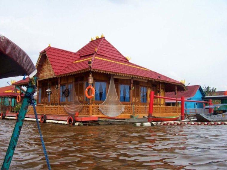 Rumah Adat Sumatera Selatan Rakit