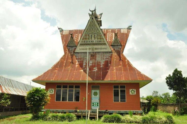 Rumah Adat Sumatera Utara Angkola