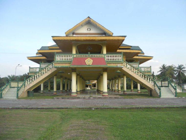 Rumah Adat Sumatera Utara Melayu
