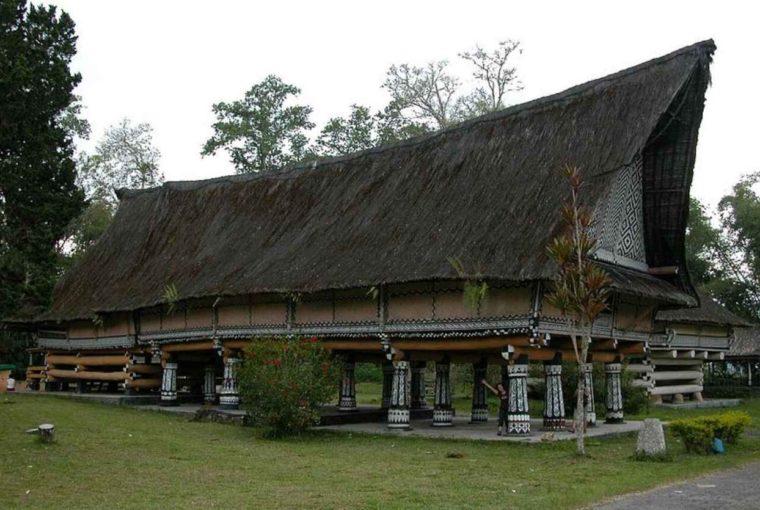 Rumah Adat Sumatera Utara Simalungun