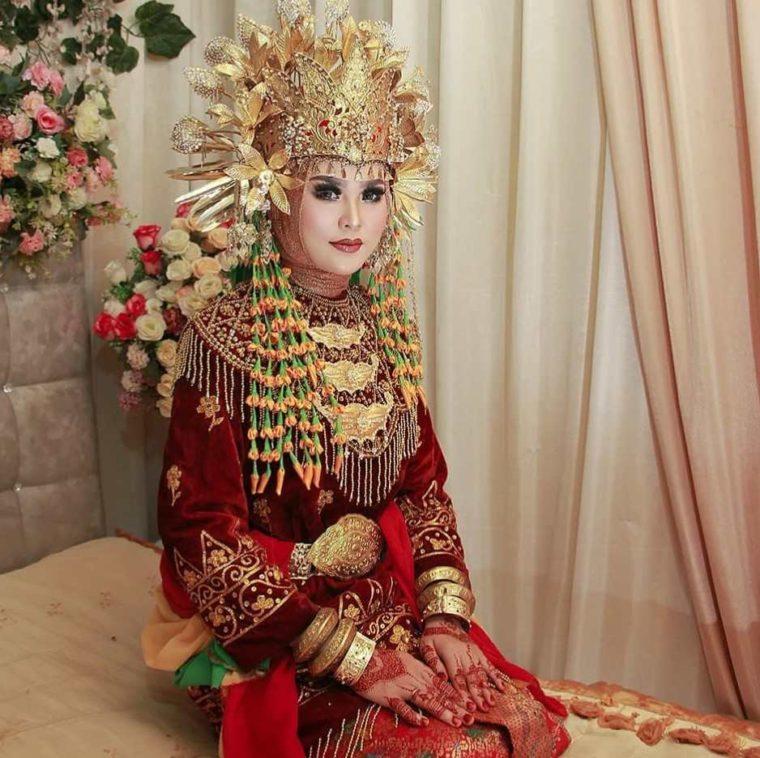 Aksesoris Baju Kurung Tanggung Wanita Jambi