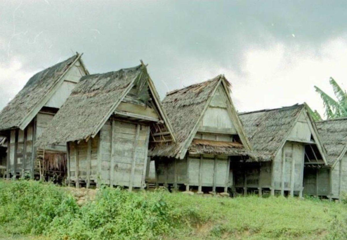 Gambar Thumbnail Rumah Adat Banten