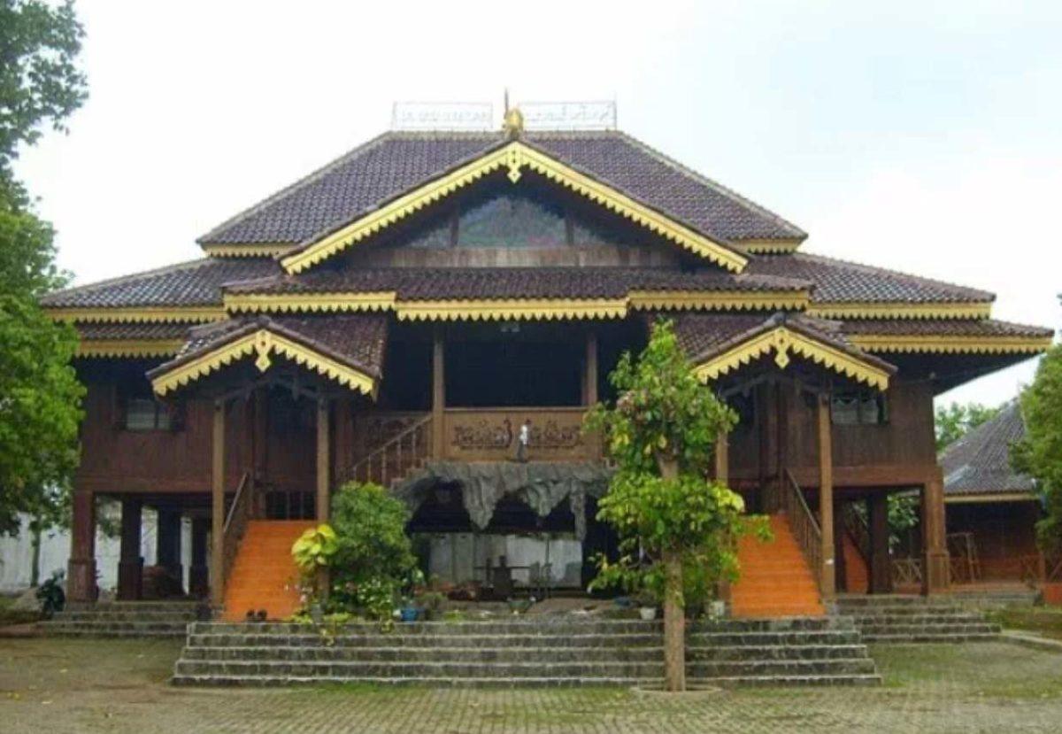Gambar Thumbnail Rumah Adat Bengkulu