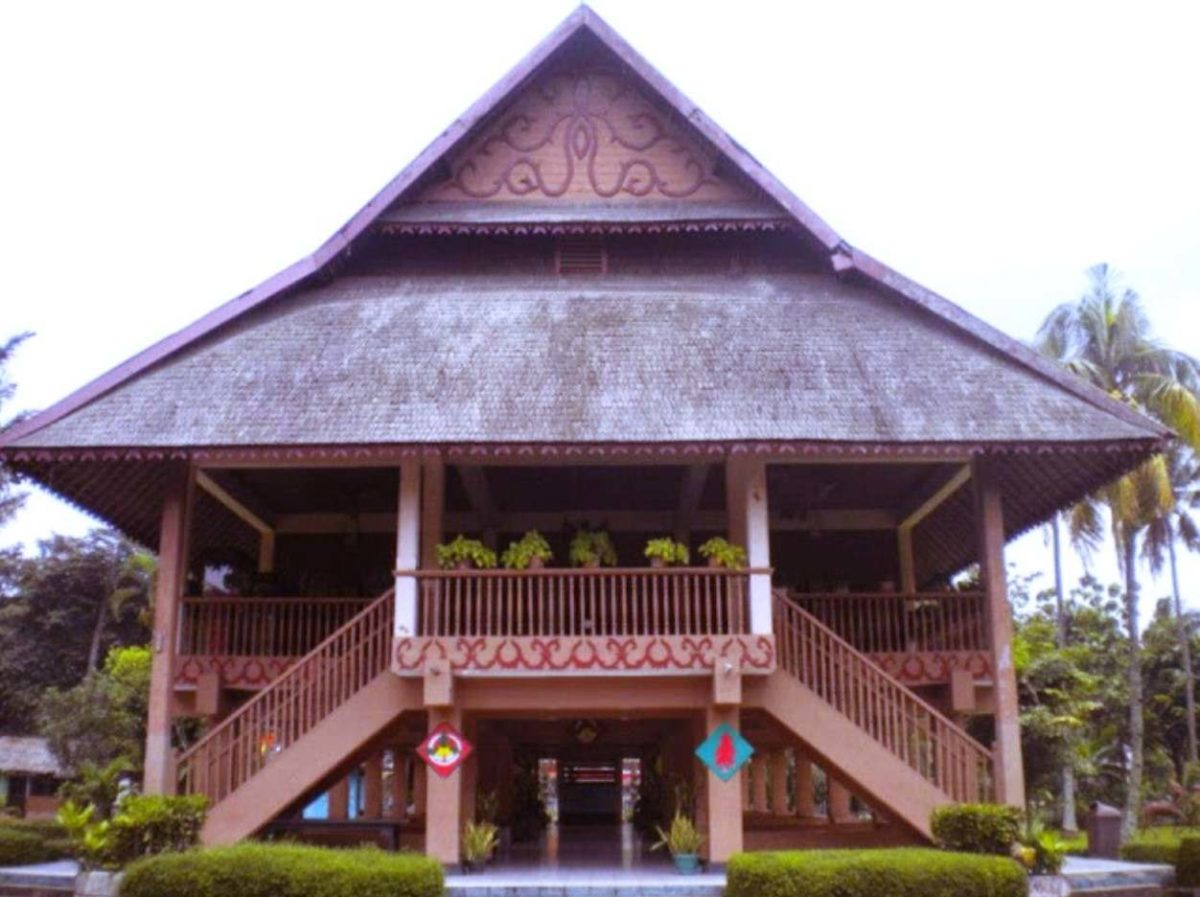 Gambar Thumbnail Rumah Adat Sulawesi Utara