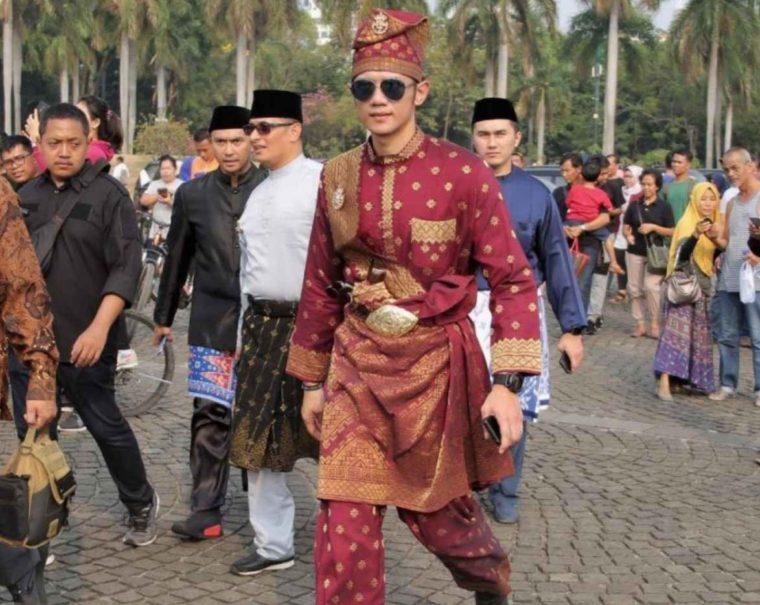 Keunikan dan Filosofi Pakaian Adat Riau