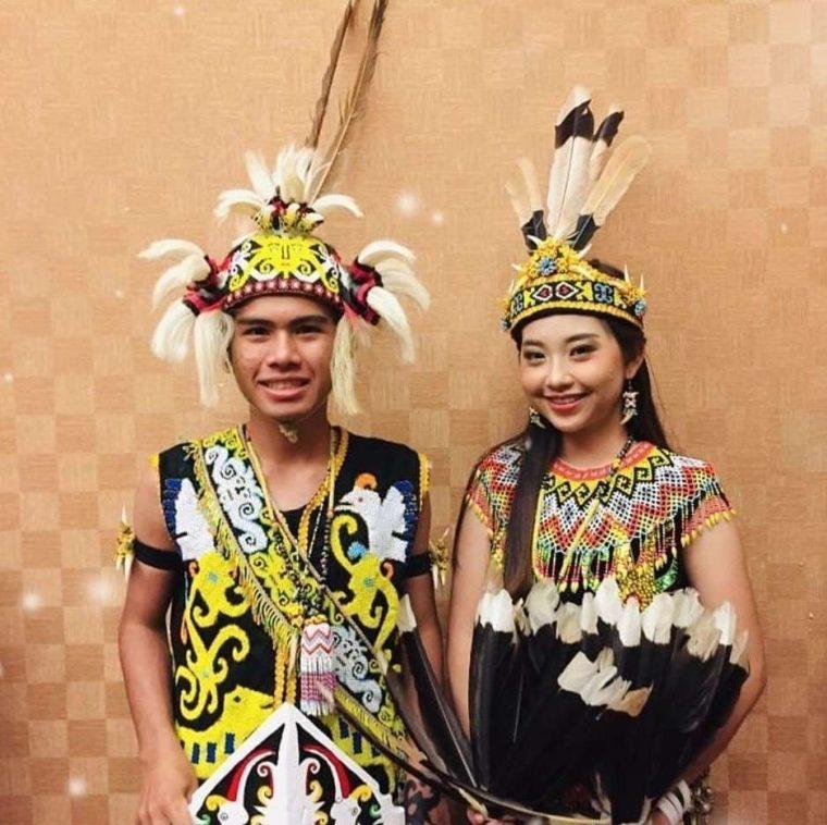 Pakaian Adat Kalimantan Timur Ta'a & Sapei Sapaq