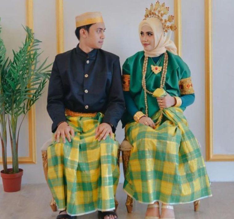 Pakaian Adat Sulawesi Selatan Baju Bodo