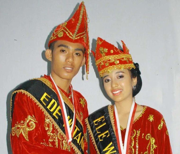 Pakaian Adat Sulawesi Tengah Suku Mori