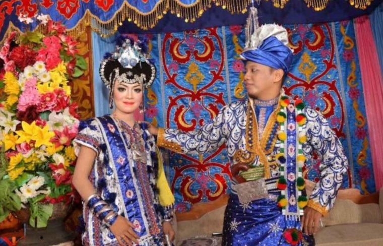 Pakaian Adat Sulawesi Tenggara Suku Buton