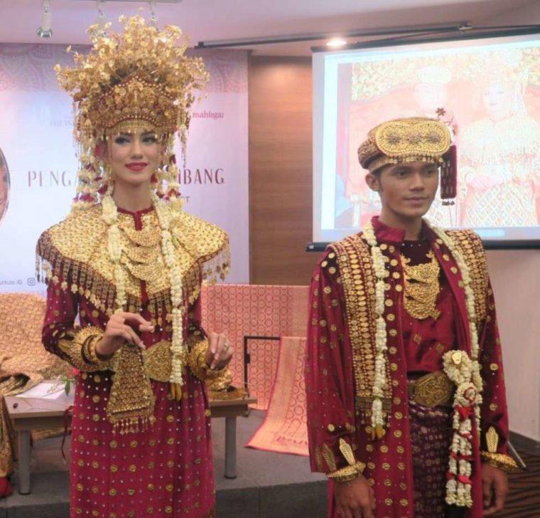 Pakaian Adat Sumatera Selatan Aesan Paksangko