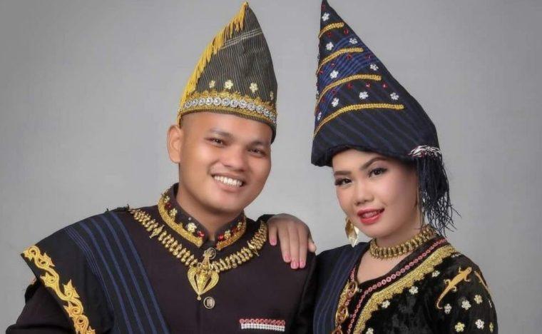 Pakaian Adat Sumatera Utara Suku Pakpak
