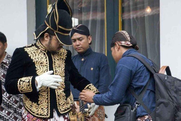 Pakaian Adat Yogyakarta Kesatrian Ageng