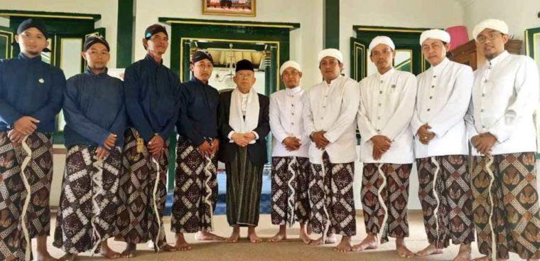 Pakaian Adat Yogyakarta Peranakan Atela