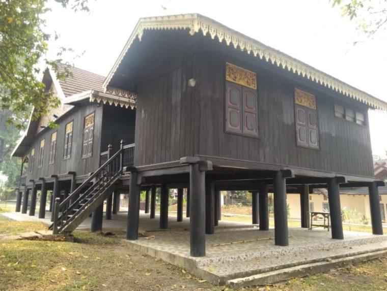 Pembangunan Rumah Kajang Leko