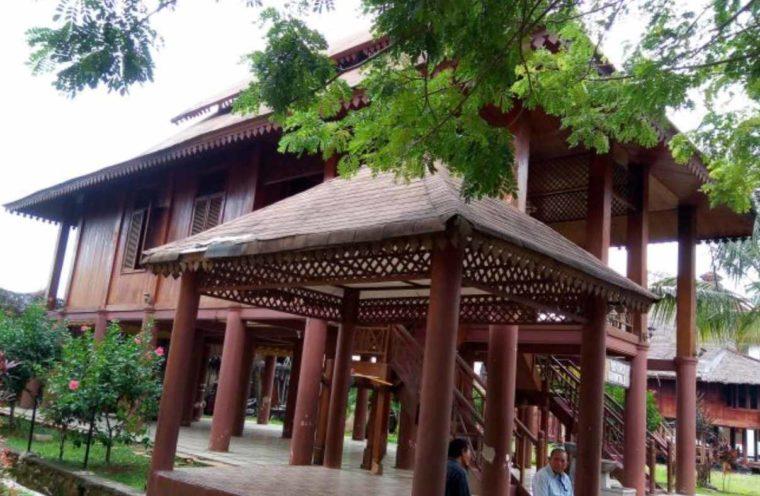 Rumah Adat Gorontalo Ma'lihe