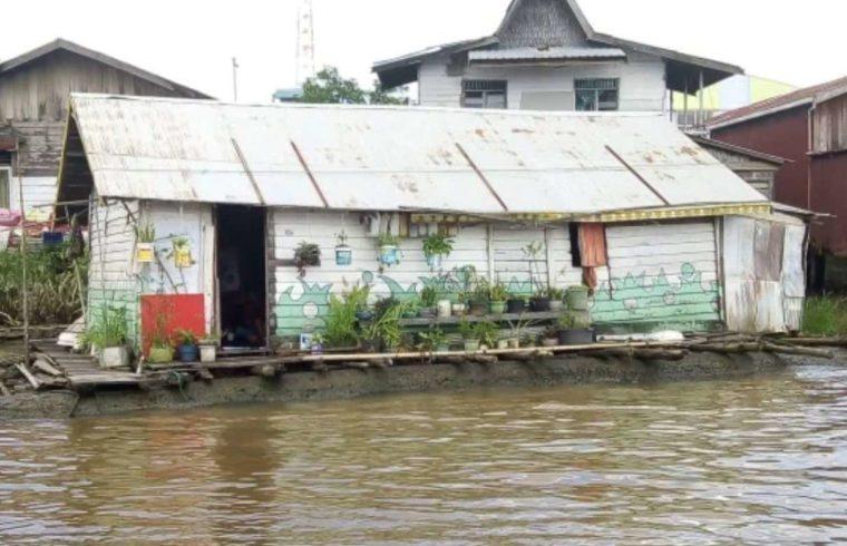 Rumah Adat Kalimantan Selatan Lanting