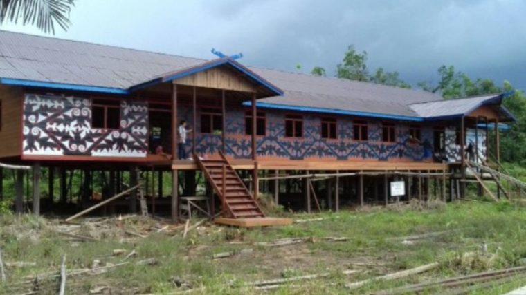 Rumah Adat Kalimantan Tengah Betang Muara Mea